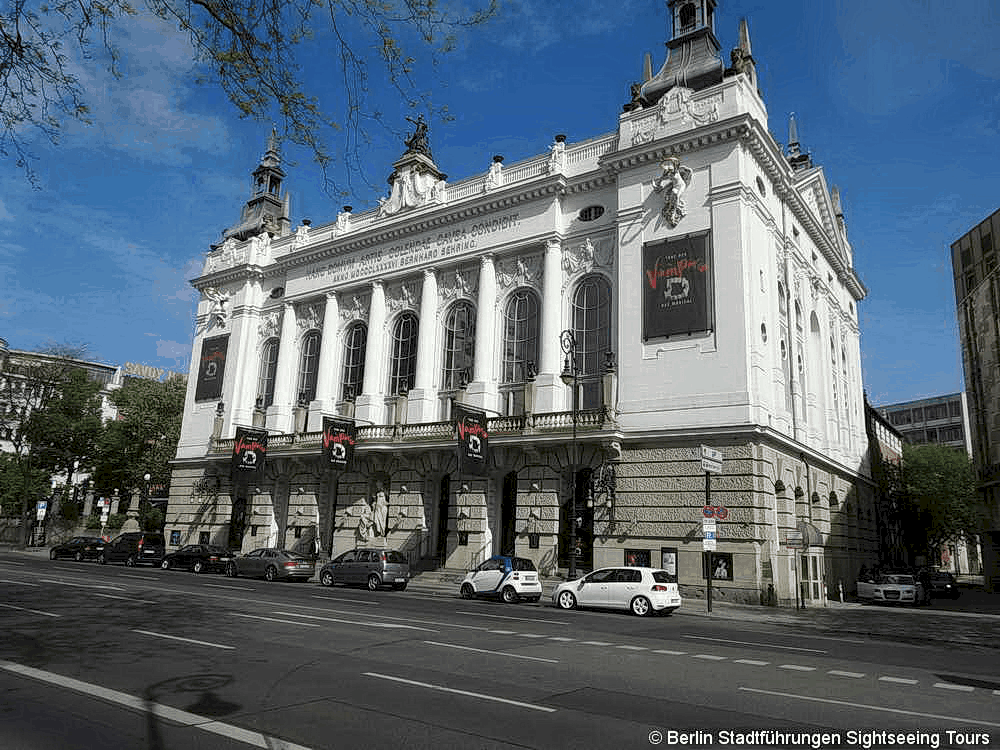 Theater Berlin Tour